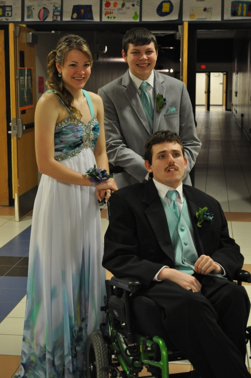 Sawyer and Rachel take Brayden (one of Reed's friends to the prom).